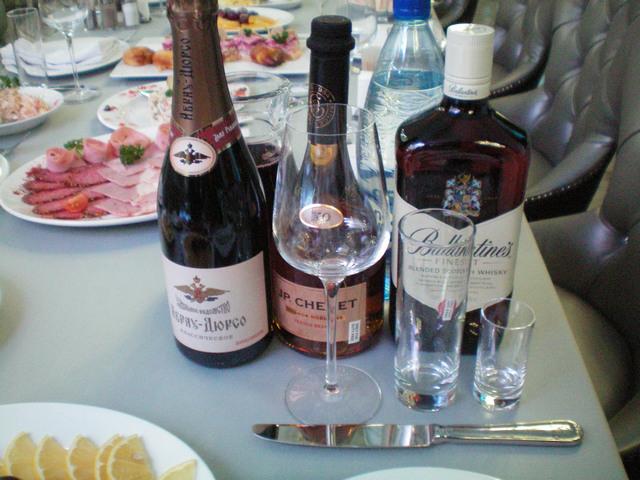 Спиртные напитки на Новогоднем корпоративе