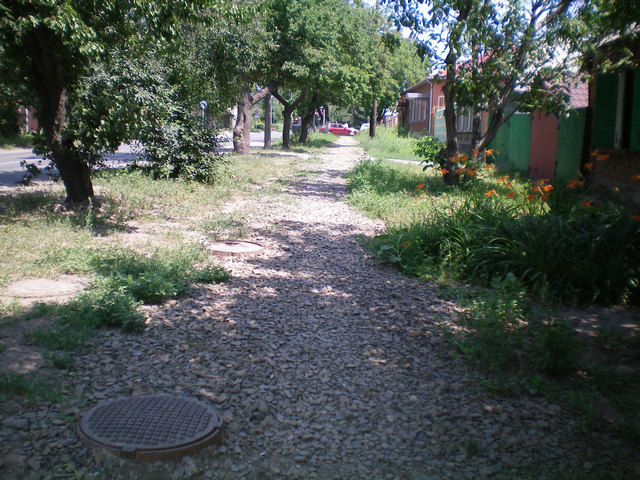 Тротуар на улице Бабушкина Таганрог