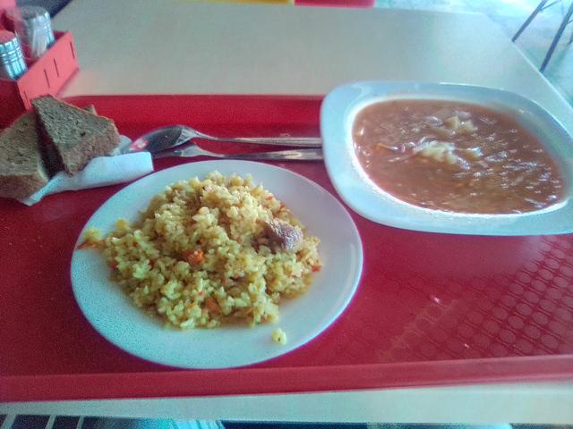Обед в столовой Борщи и Щи