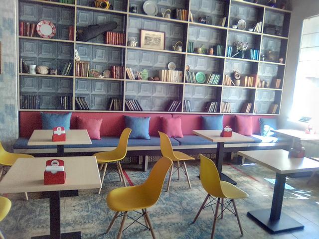Обеденный зал столовой в Таганроге