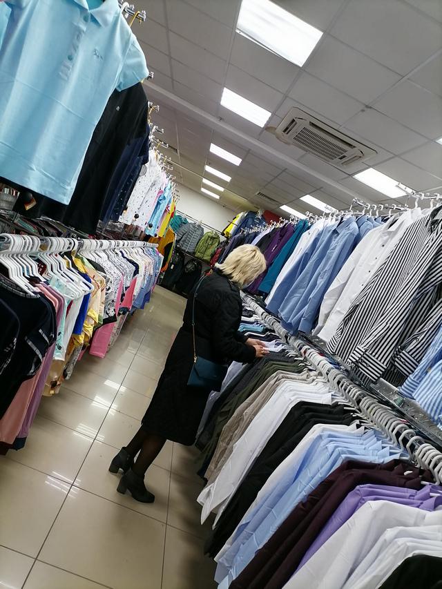 Магазин одежды в Таганроге