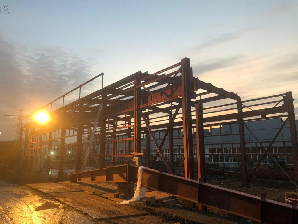 Металлоконструкции строящегося склада электродепо Владыкино Москва