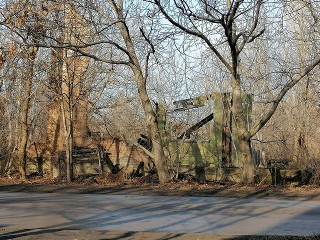 Развалины на улице Дачной в Таганроге
