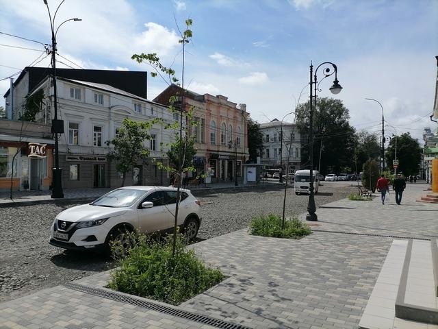 Автотранспорт начал движение по улице Петровской в Таганроге